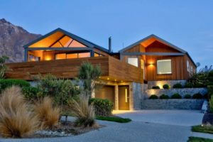 Video of the Week: Take a Virtual Tour of a Contemporary Masterpiece in Queenstown, New Zealand