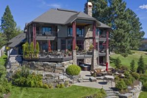 Video of the Week: Take a Virtual Tour of a Striking Lakefront Home in Sandpoint, Idaho